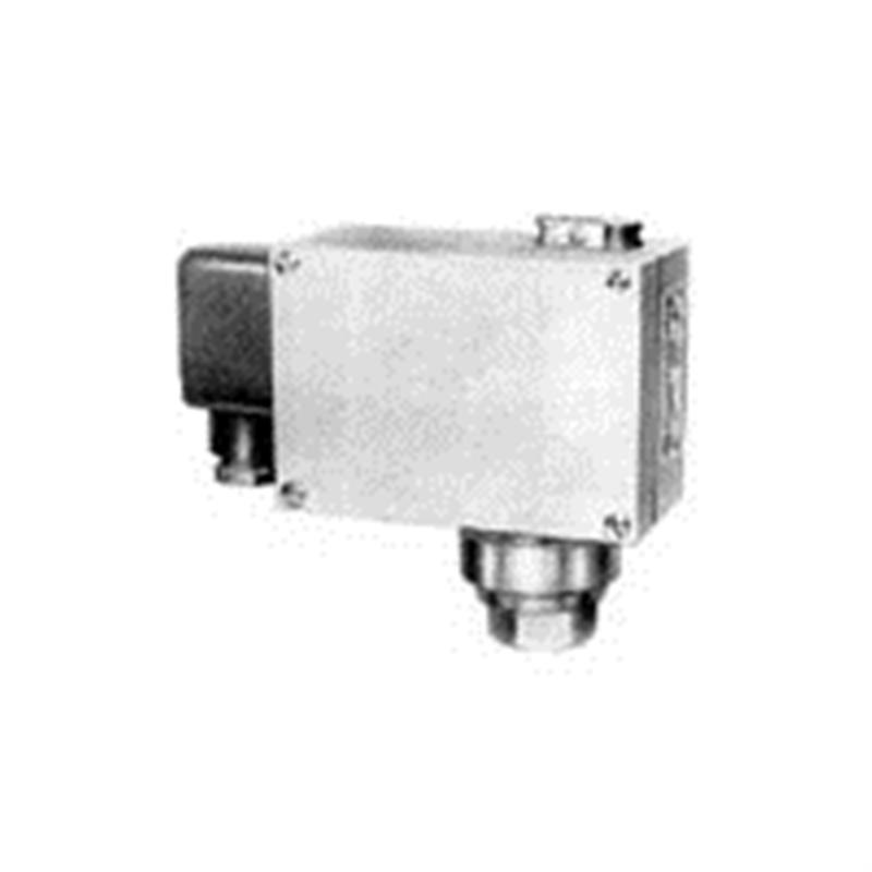 上海自动化仪表四厂双触点压力控制器D501/7DZ