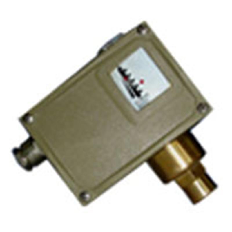 上海自动化仪表四厂压力控制器D502/7D、D502/7DK