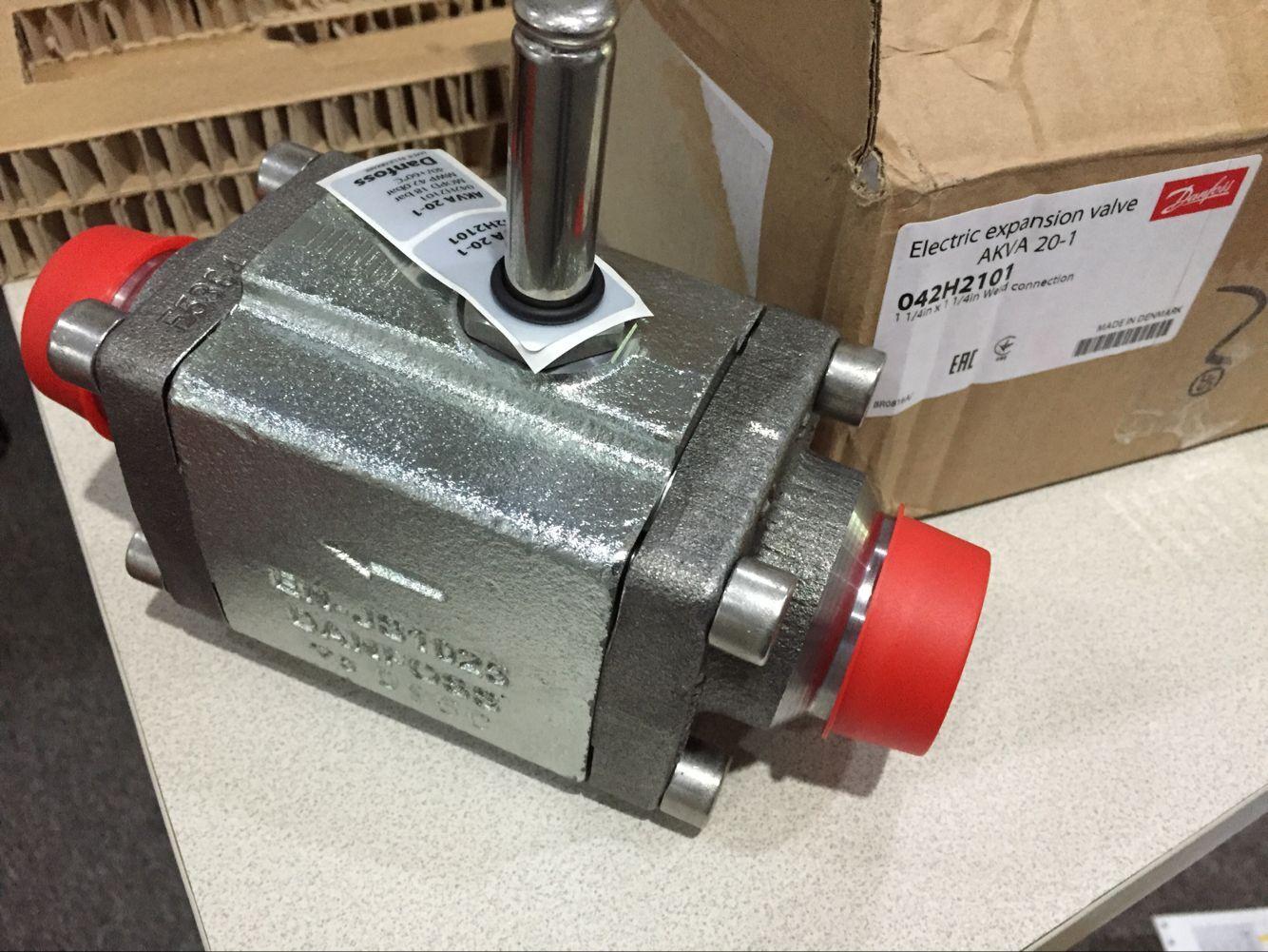 丹佛斯电子膨胀阀akva15-1/akva15-2/3/4型氨用电子膨胀阀图片